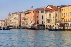 威尼斯,意大利- 2018年1月06日:雕塑:巨大硕大 免版税库存图片