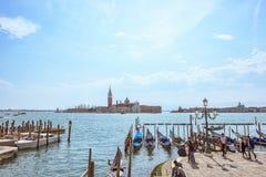 威尼斯,意大利- 2017年4月02日:圣乔治海岛在威尼斯,圣马可广场 从大运河的看法 风景都市风景 库存图片