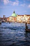 威尼斯,意大利- 2016年8月17日:在大运河都市风景的看法2016年8月17日的在威尼斯,意大利 库存照片