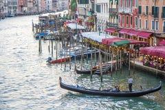 威尼斯,意大利- 2016年10月1日:在白天期间,威尼斯式建筑学看法  免版税库存照片