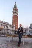 威尼斯,意大利- 2016年10月1日:在白天期间,威尼斯式建筑学看法  免版税库存图片