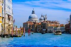 威尼斯,意大利- 2016年4月14日:从S的看法 Sa的Marco港口 图库摄影