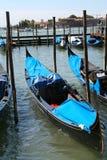 威尼斯,长平底船在圣马可广场 免版税库存图片
