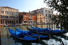 威尼斯,长平底船 免版税图库摄影