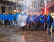 威尼斯, 2015年3月03日:在stre的反资本家示威者 图库摄影
