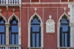 威尼斯Windows 免版税库存图片