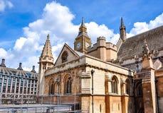 威斯敏斯特宫和大本钟塔,伦敦,英国 免版税库存图片