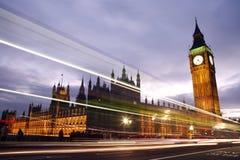 威斯敏斯特宫殿在晚上 免版税图库摄影