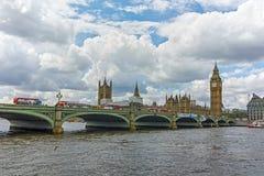 威斯敏斯特桥梁和大本钟,伦敦,英国,英国 免版税库存图片