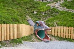 娱乐和冒险在三叠纪的Parc在Steinplatte,奥地利靠岸 库存图片