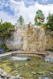 娱乐和冒险在三叠纪的Parc在Steinplatte,奥地利靠岸 免版税库存照片