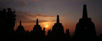 从婆罗浮屠模板的日出 库存照片