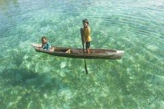 婆罗洲海吉普赛人孩子 库存照片