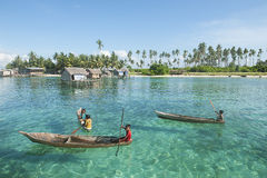 婆罗洲海吉普赛人孩子 免版税库存图片