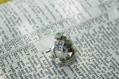 婚姻政券永恒的环形 免版税库存照片