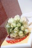 婚姻白色的玫瑰 库存照片