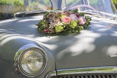婚姻的古典汽车 库存图片