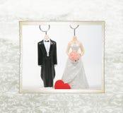婚姻的小雕象 库存图片