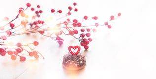 婚姻的浪漫曲奇饼,心脏背景 图库摄影