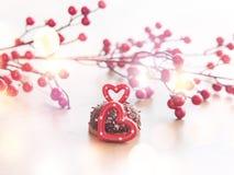婚姻的浪漫曲奇饼,心脏背景 免版税库存图片