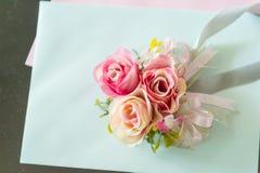 婚姻的装饰的罗斯花 图库摄影