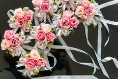 婚姻的装饰的罗斯花 免版税库存照片
