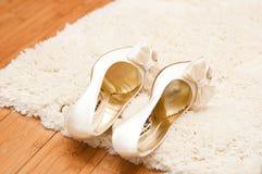 婚姻的鞋子 库存照片