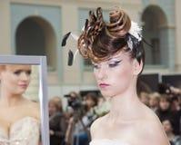 婚姻2竞争的hairdresses 库存照片