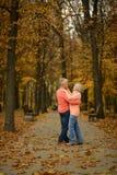 结婚的夫妇成熟 免版税库存照片