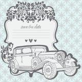 婚礼与减速火箭的汽车的邀请看板卡 免版税库存照片