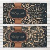 婚礼与装饰品的邀请和公告卡片在阿拉伯样式 蔓藤花纹样式 东部种族装饰品 免版税库存照片