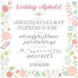 婚礼之日仪式字母表文本在减速火箭的卡片设计书法仪式字体传染媒介上写字的庆祝邀请 免版税库存照片