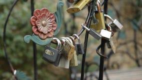 婚礼传统 在刻记的吊锁 影视素材