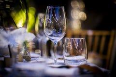 婚礼和社交活动的豪华表设置 库存图片