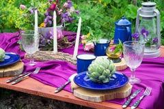 婚礼在土气样式装饰的桌设置 婚礼inspira 图库摄影