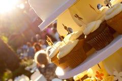 婚礼杯形蛋糕 库存图片