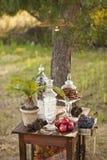 婚礼聚会的点心桌 免版税库存图片