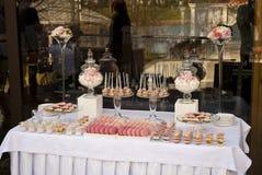 婚礼聚会的点心桌 库存图片