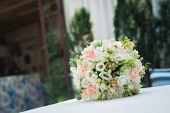 婚礼花花束 库存图片