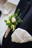 婚礼钮扣眼上插的花 免版税图库摄影