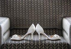 婚礼鞋子 库存图片