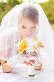 婚礼,一个美丽的新娘的画象 免版税库存图片