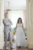 婚姻在一个美丽的豪宅 图库摄影