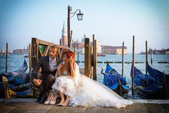 婚姻在日落的威尼斯 库存图片