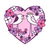 婚姻在花中的两只鸟 fl透雕细工心脏花圈  免版税库存图片