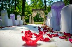 婚姻室外 免版税库存图片