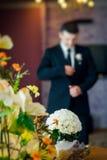 婚姻白色的花束玫瑰 免版税库存照片