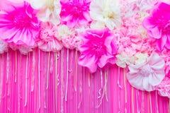 婚姻的桃红色花卉背景 免版税图库摄影