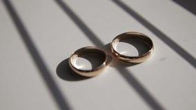 婚姻的金戒指 影视素材