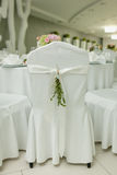 婚姻的宴会的椅子 免版税库存图片